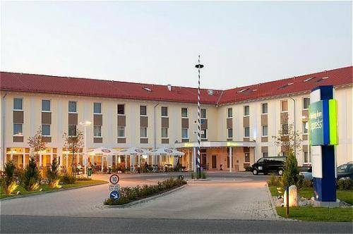 Holiday Inn Express Munich Airport