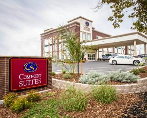 Comfort Suites Woodland - Sacramento Airport Hotel  Hotels
