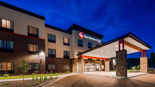 Best Western Plus New Richmond Inn & Suites