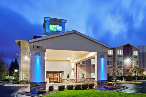 Holiday Inn Express Portland Airport