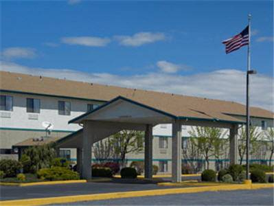 Super 8 Motel - Moses Lake